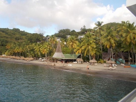 Anse Chastanet : View from boat of anse chastenet