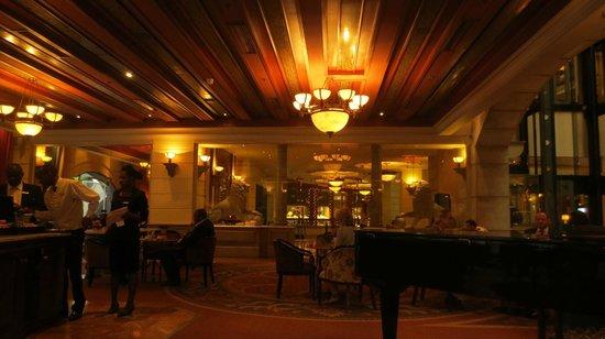 Michelangelo Hotel: amazing decor designs and architecture