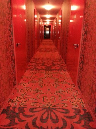 Kameha Grand: The very red corridor