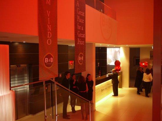 Moov Hotel Evora: Lobby (2)