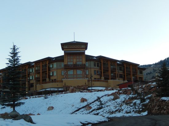 Sundial Lodge at Canyons Village: View looking up at hotel complex
