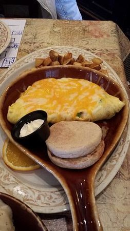Another Broken Egg Cafe: The Fountainbleau Omelette