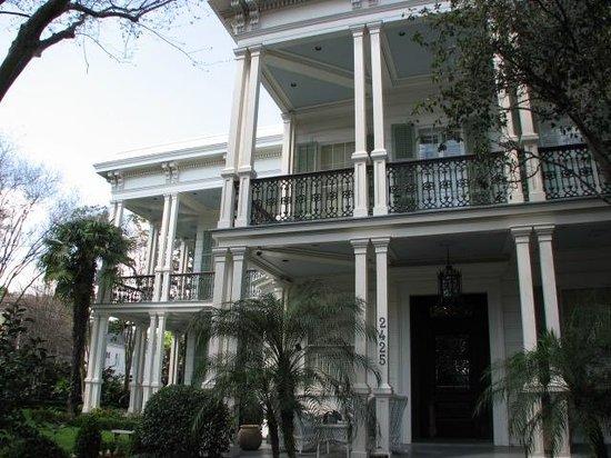 celebrity homes foto di garden district new orleans tripadvisor. Black Bedroom Furniture Sets. Home Design Ideas