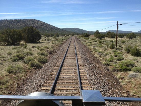 Grand Canyon Railway: view from balcony