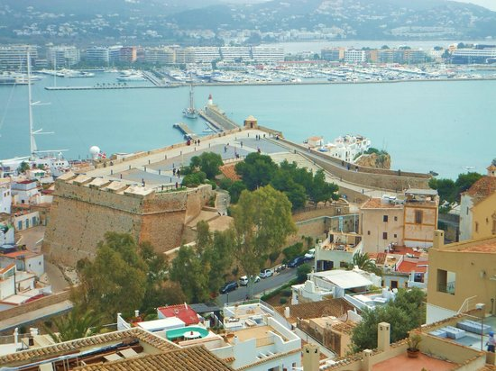 Puerto de Ibiza : Looking down upon the Port of Ibiza from above