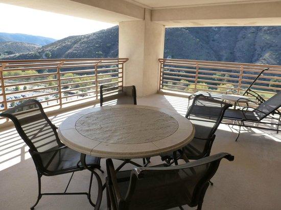 Harrah's Resort Southern California: balcony room