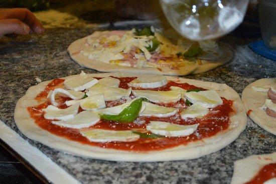Pizzeria Ristorante Galante Tutino: Pronte per il forno ..