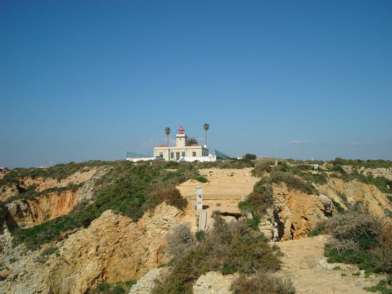 ‪Ponta da Piedade Lighthouse‬