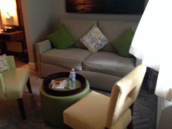 Almond Tree Inn: Sitting area