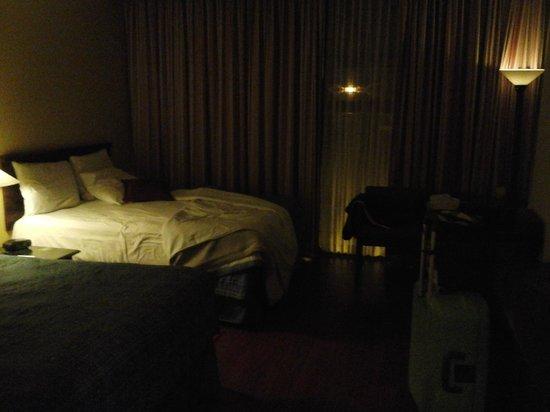 Palma Real Hotel & Casino: needs more light