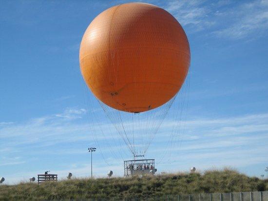 Orange County Great Park: The famous Orange Balloon