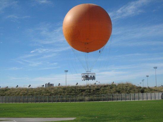 Orange County Great Park: The Orange Balloon