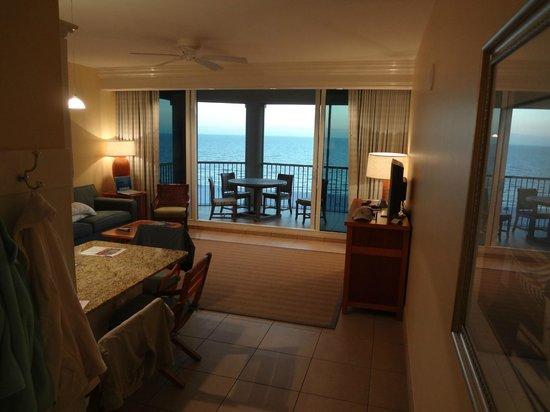 Pink Shell Beach Resort & Marina: View from hallway