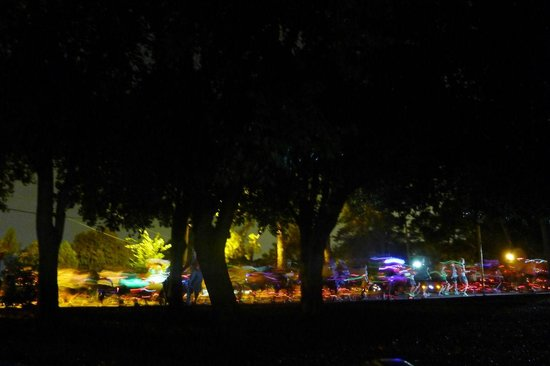 Parque Piedmont: runners and lights