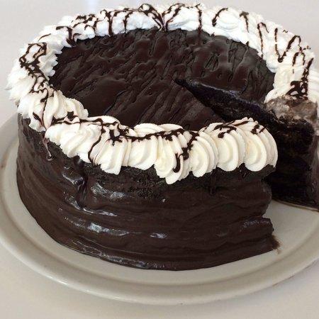 Black Velvet Cake @ Kikka