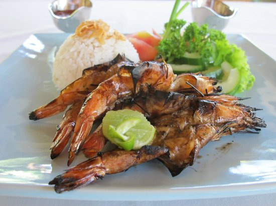 Sukun Bali Cottages: grilled prawn