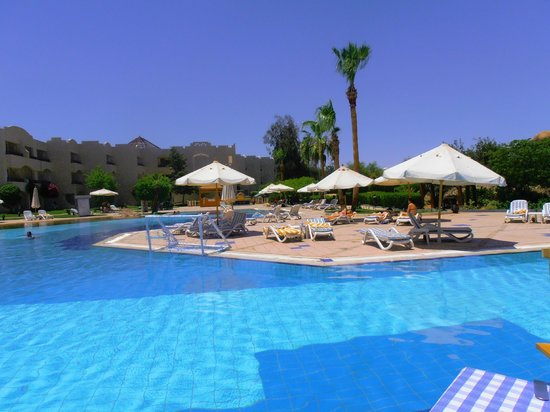 Sharm El Sheikh Marriott Resort: Mountain side pool