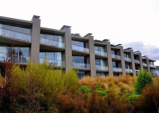 Highview Apartments : NZExterior