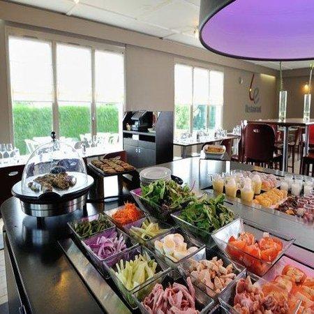 Campanile Dole : Buffet Restaurant