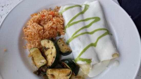 Cantina Laredo: Enchiladas De Espinaca