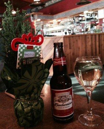 Chardonnay, Budwieser and a Christmas tree, Mr. Ribs     Main St. SW, Neepawa, Manitoba
