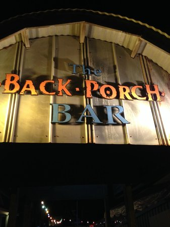 Back Porch Bar: Entrance