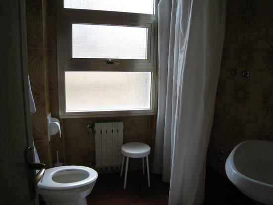 Hotel Milano: トイレ