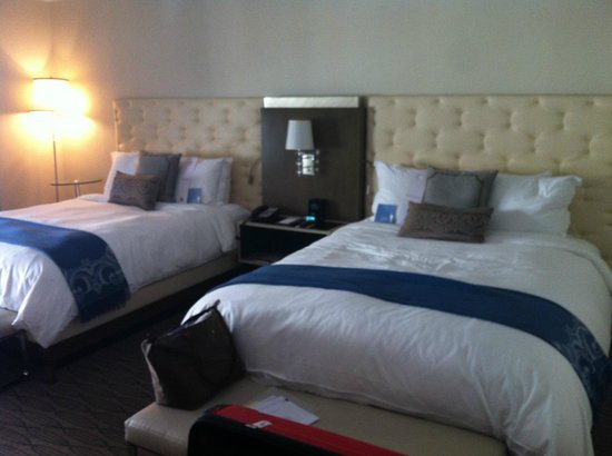 Carlton Hotel, Autograph Collection: room