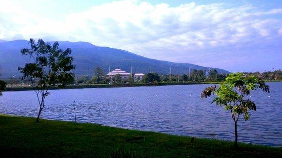 Green Lake Resort: Lake side view