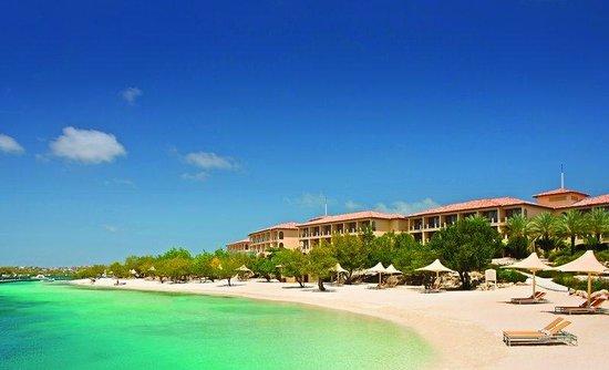Santa Barbara Beach & Golf Resort, Curacao : Resort Beach Rev