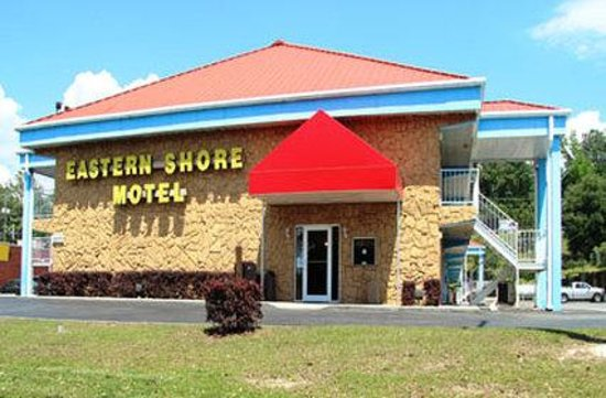Eastern Shore Motel: Exterior
