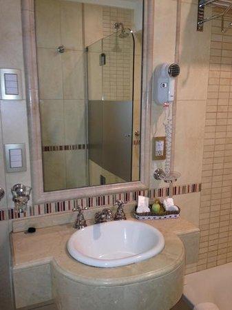 Intersur Recoleta : baño