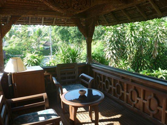 Gazebo Beach Hotel: Joglo 1 upstairs patio