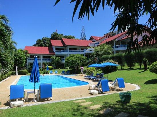 Pen Villa Hotel: Property Corner View