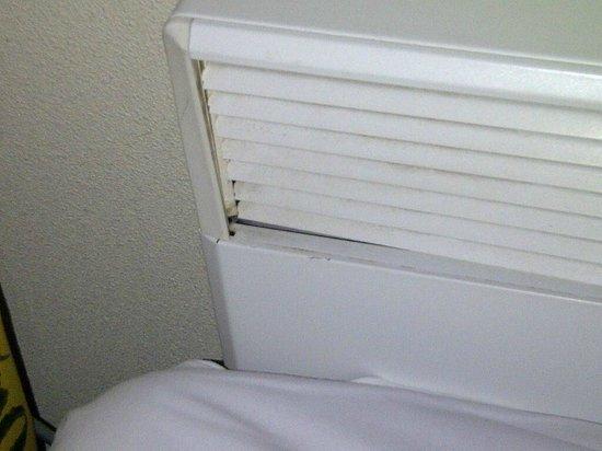 NH Naarden: calefaccion sucia, con hongos