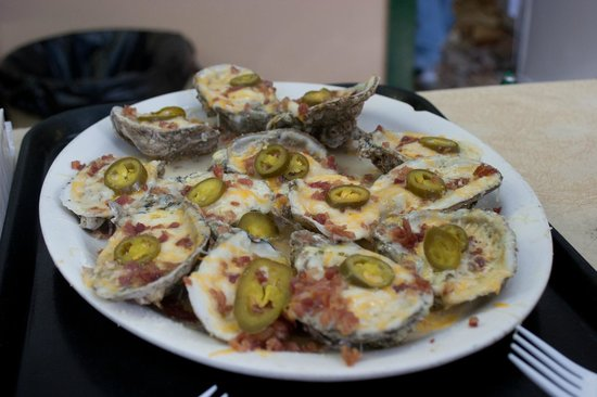 Gene's Oyster Bar : loaded oysters