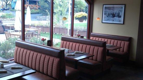 Pan Dolce : comfortable seating