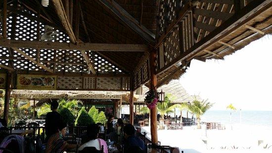 Platoo Restaurant & Beach Resort: Platoo Restaurant Cha Am