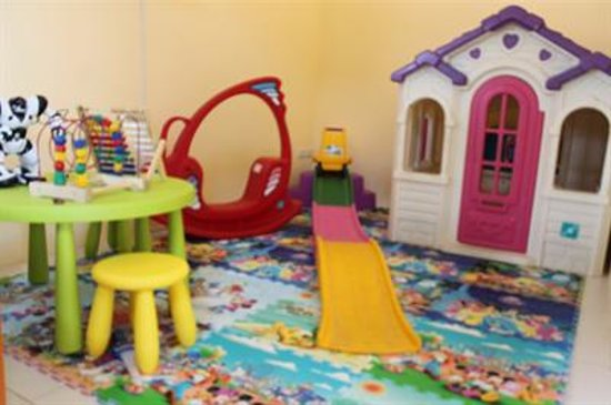 Sea Valley Hotel and Spa: Toys in kids room