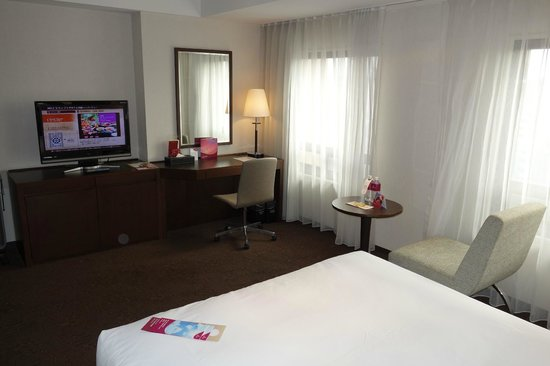 ANA Crowne Plaza Okinawa Harborview: Premier Room