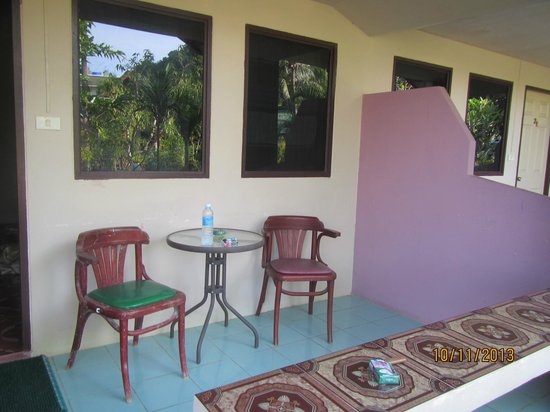 The Krabi Forest Homestay: Terassen