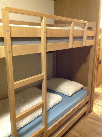 Interlaken Youth Hostel: Beds