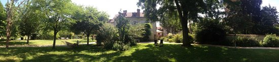 Manoir du Moulin : Panoramic view of the Manoir and grounds