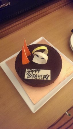 Courtyard by Marriott Gurugram Downtown : Birthday Cake from The Courtyard Gurgaon