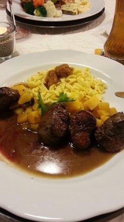 Badhotel Restaurant Stauferland: wildschwein medaillons