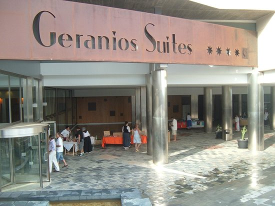 Geranios Suites & Spa : Hall de entrada