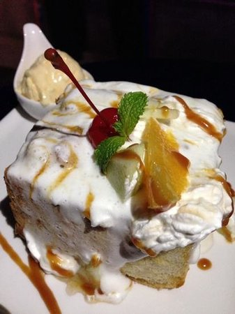 a special menu sent over from BLD (Breakfast Lunch Dinner) on G Floor.  Shibuya honey Toast.