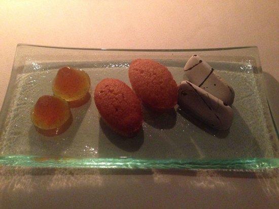 La Mer -  L'Aperitif: Complimentary sweets