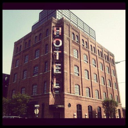 Wythe Hotel: ホテル外観