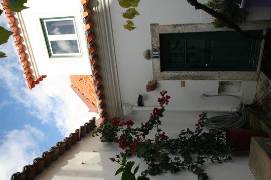 Casa do Patio by Shiadu: cour de la casa do patio